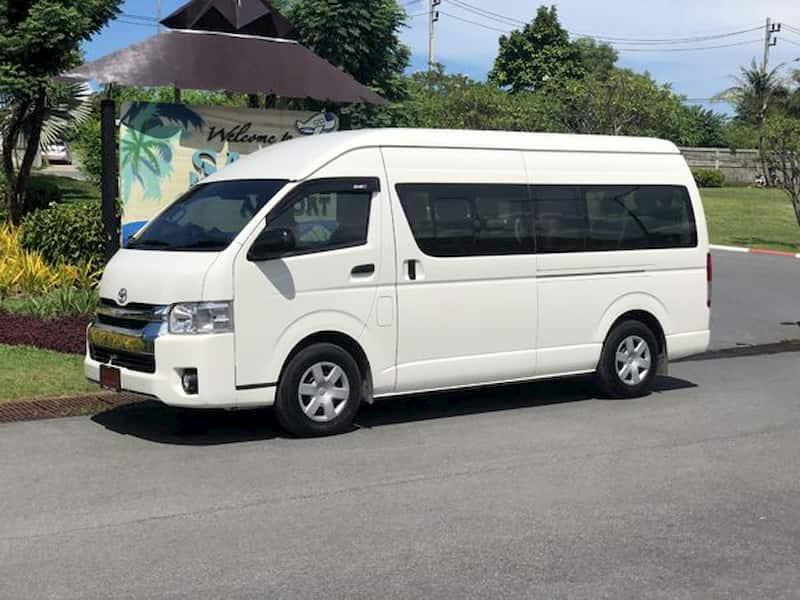 サムイ空港のシャトルバス