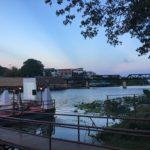 クウェー川の夕暮れの画像