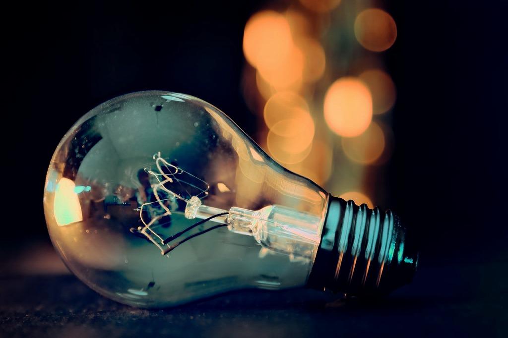 電球、ズーム