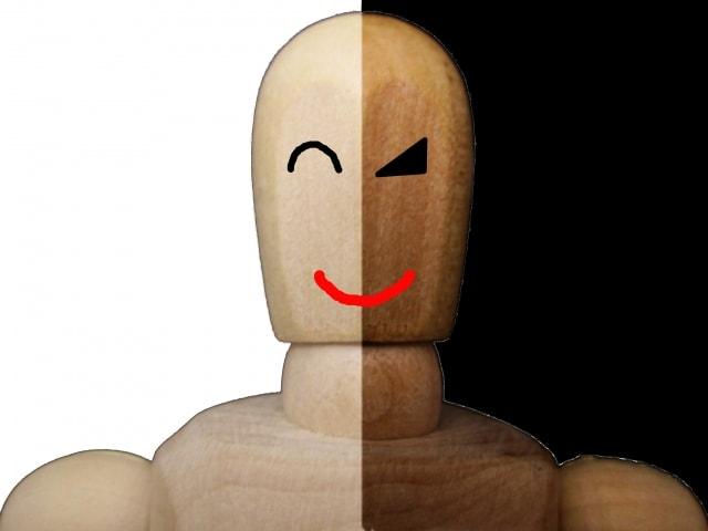 表と裏の顔の画像
