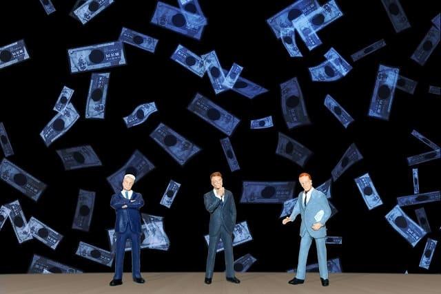 副業、脱税のイメージ画像