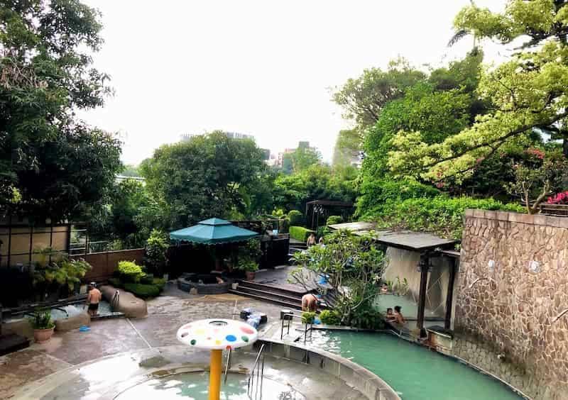 台湾の温泉ホテルの屋外温泉