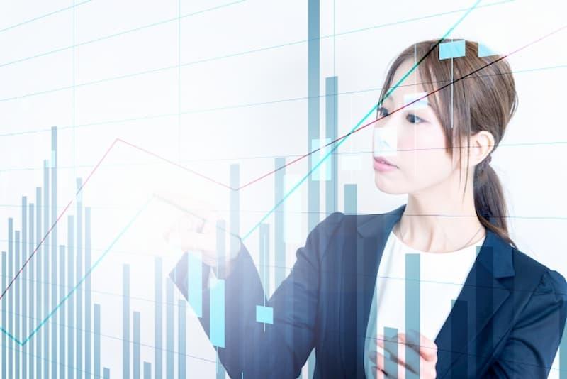 株価と女性