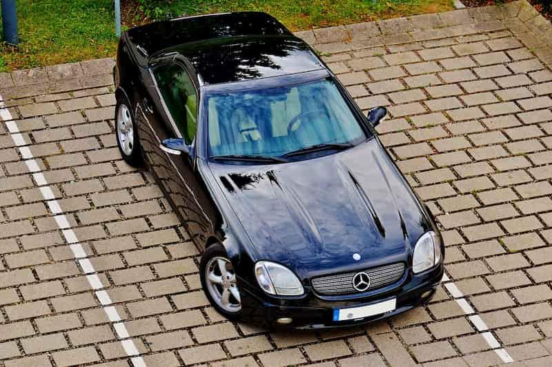 車を貸す副業が向いていない人は駐車場で稼ごう!