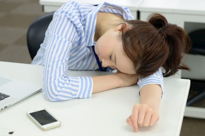 休めない仕事を休む方法