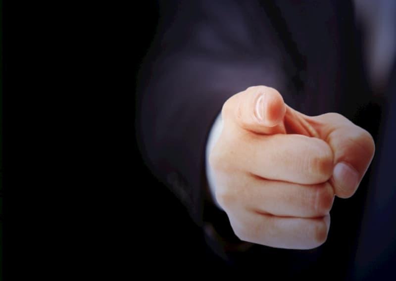 無断欠勤を続けたら会社はどう対処する?